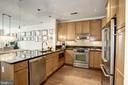 A true cook's kitchen w/ Granit & SS appliances - 1418 N RHODES ST #B102, ARLINGTON