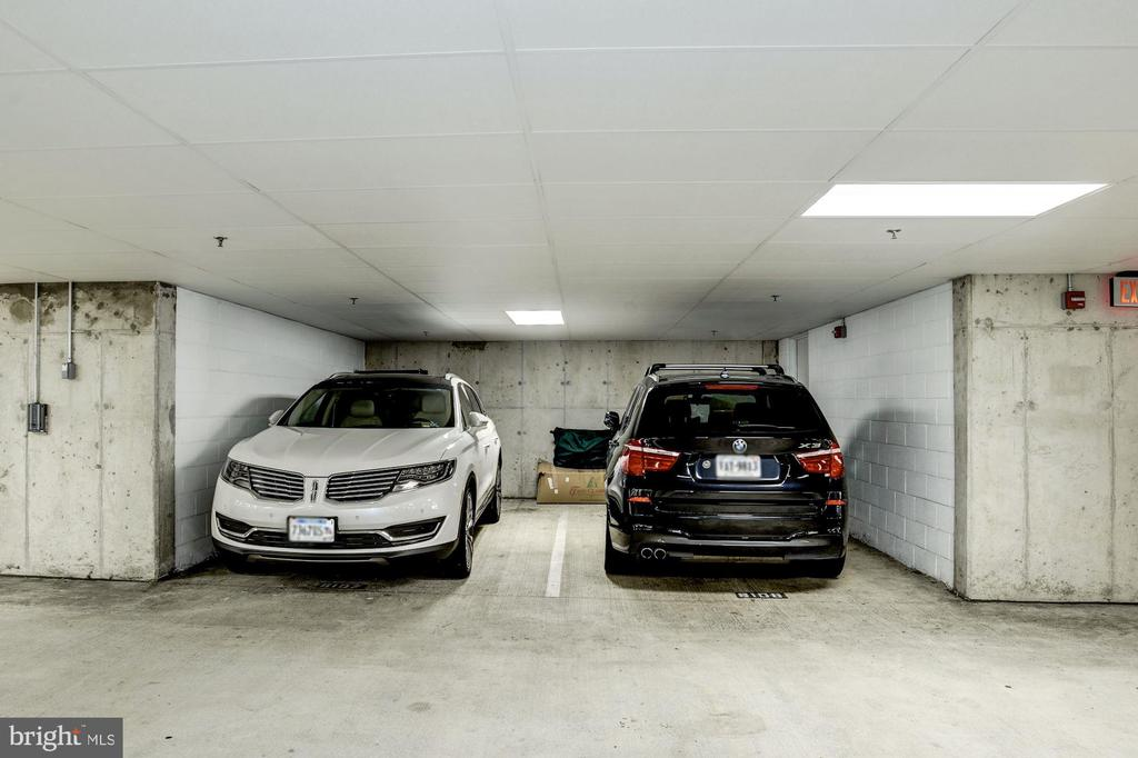 Two large parking spaces w/direct unit access - 1418 N RHODES ST #B102, ARLINGTON