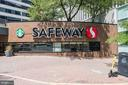 Safeway is a short walk away - 1418 N RHODES ST #B102, ARLINGTON