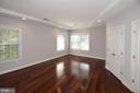 BR #2 with 2 double closets and lots of windows - 1706 N RANDOLPH ST, ARLINGTON
