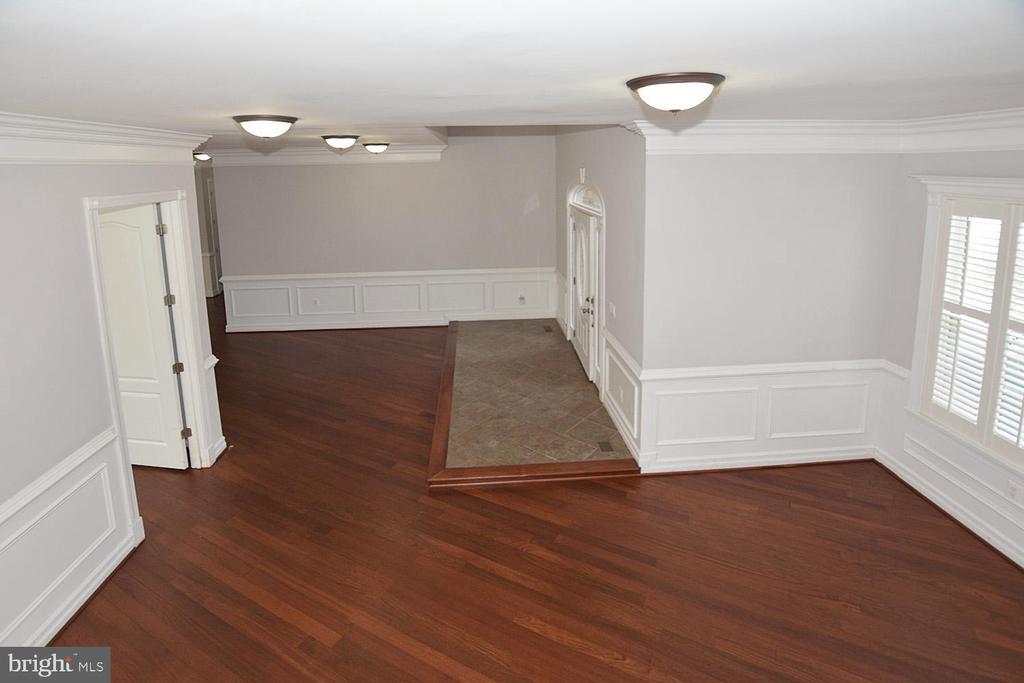Foyer Sitting Area - 1706 N RANDOLPH ST, ARLINGTON