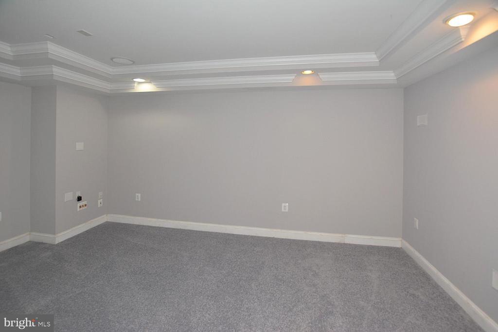 Media Room Wired for  AV Equipment /Home Theater - 1706 N RANDOLPH ST, ARLINGTON