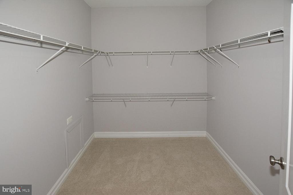 His and Hers Walk in closets - 1706 N RANDOLPH ST, ARLINGTON