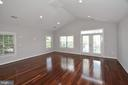 Large Master Bedroom with Vaulted Ceiling - 1706 N RANDOLPH ST, ARLINGTON