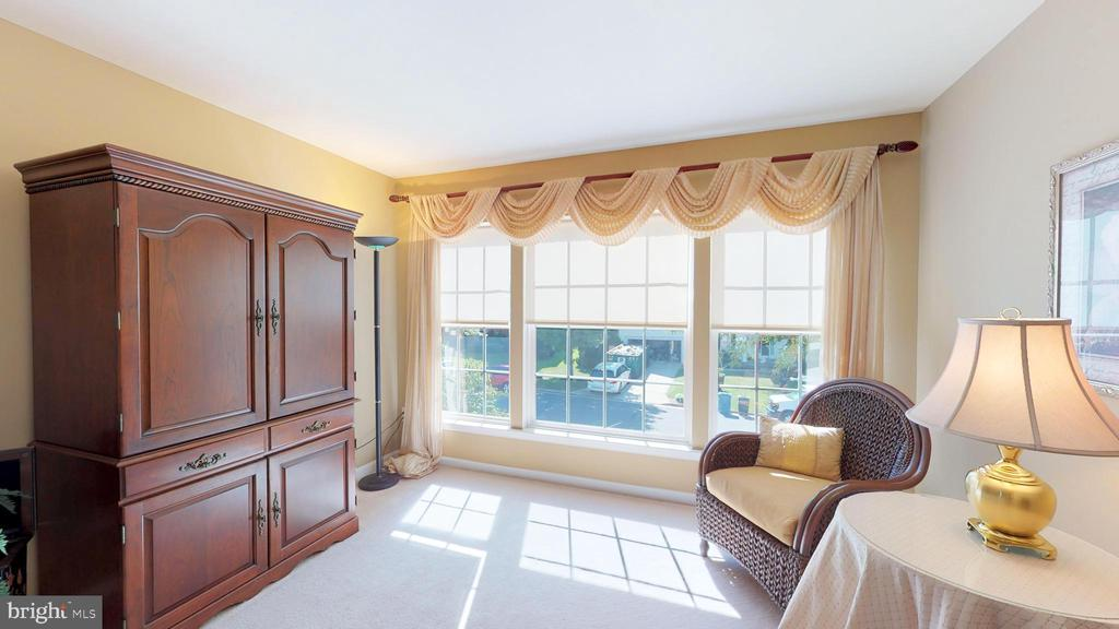 Sitting Room in Bedroom 3 - 20386 CLIFTONS POINT ST, POTOMAC FALLS