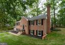 Beautiful Home! - 12008 TROTTER LN, RESTON