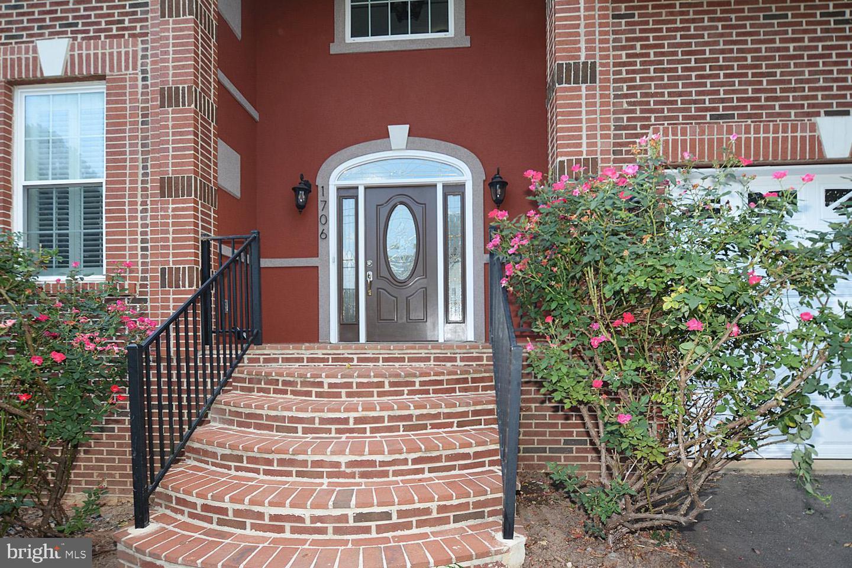 1706 N RANDOLPH STREET, ARLINGTON, Virginia
