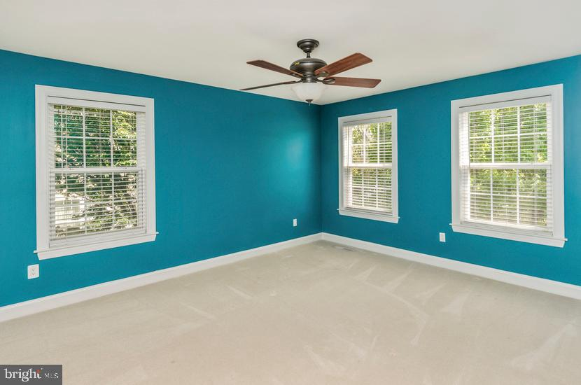 Additional photo for property listing at 412 SERGEANT Drive Lambertville, New Jersey 08530 United States