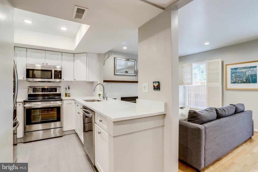 Renovated and opened Kitchen  with Quartz and SS - 2536 S WALTER REED DR #A, ARLINGTON