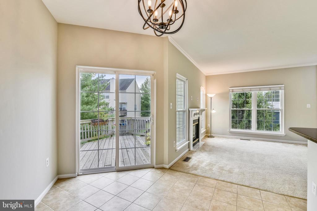 Breakfast room opens to deck! - 44127 ALLDERWOOD TER, ASHBURN