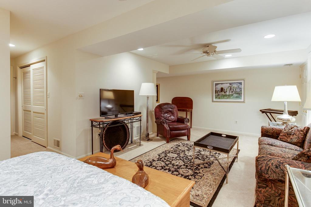 Recreation room - 6093 ARRINGTON DR, FAIRFAX STATION