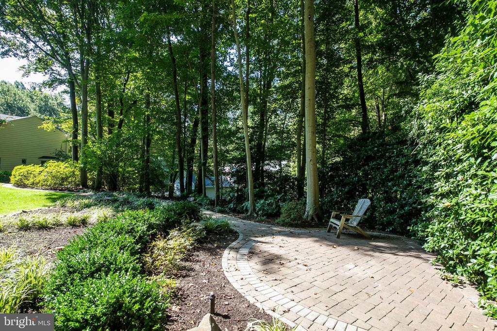 Patio area in rear yard - 6093 ARRINGTON DR, FAIRFAX STATION