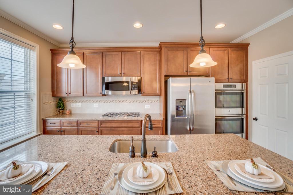 ~Energy Efficient Appliances - 203 APRICOT ST, STAFFORD
