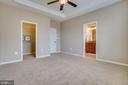 Spacious Master Suite - 203 APRICOT ST, STAFFORD