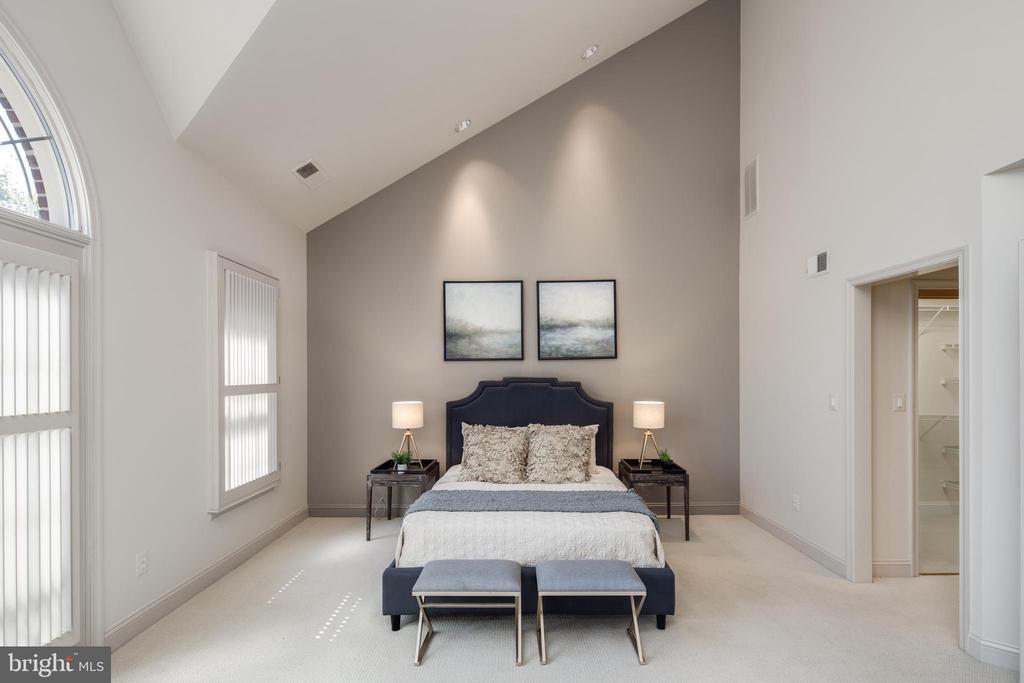 Master Bedroom - 2131 N SCOTT ST, ARLINGTON
