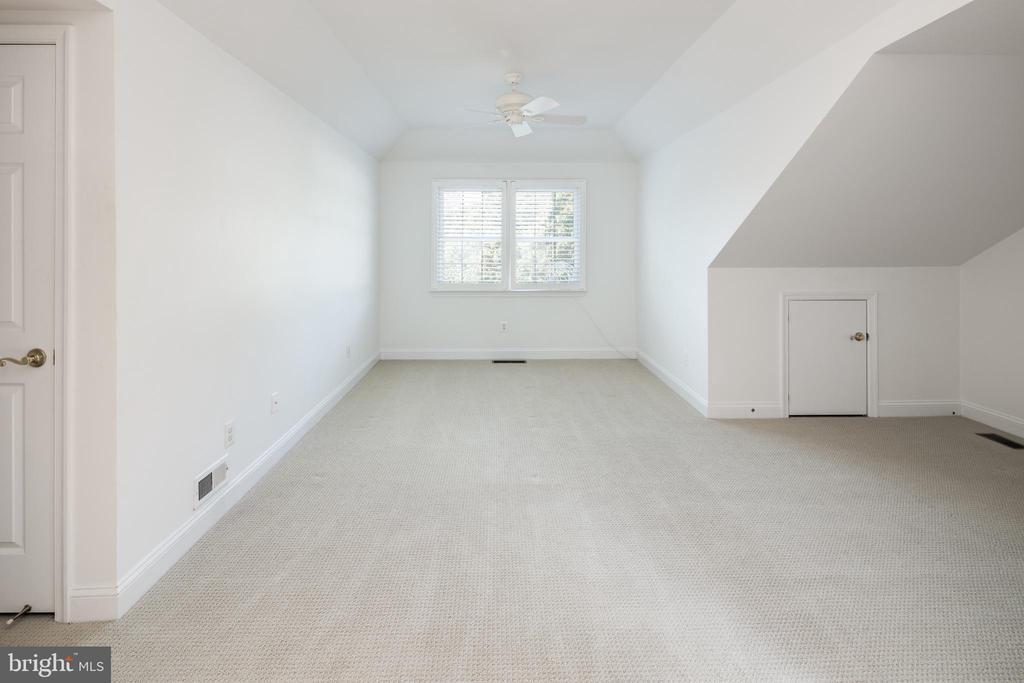 Guest Suite - 2131 N SCOTT ST, ARLINGTON
