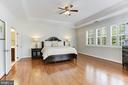 Huge Master Suite - 18837 ACCOKEEK TER, LEESBURG