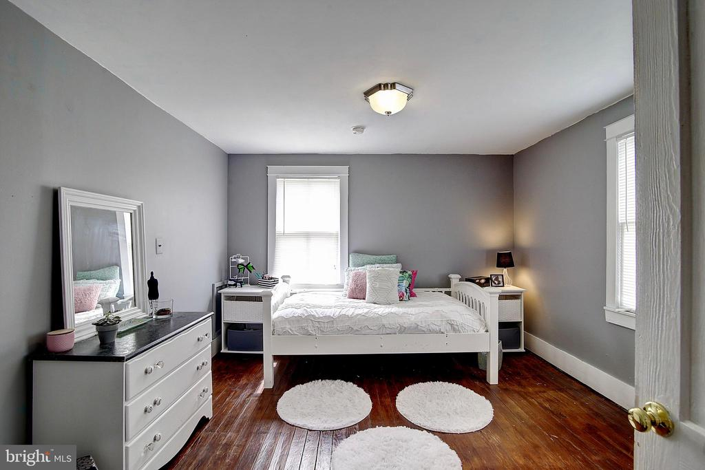 Bedroom 3 - 37 S LOUDOUN ST, LOVETTSVILLE