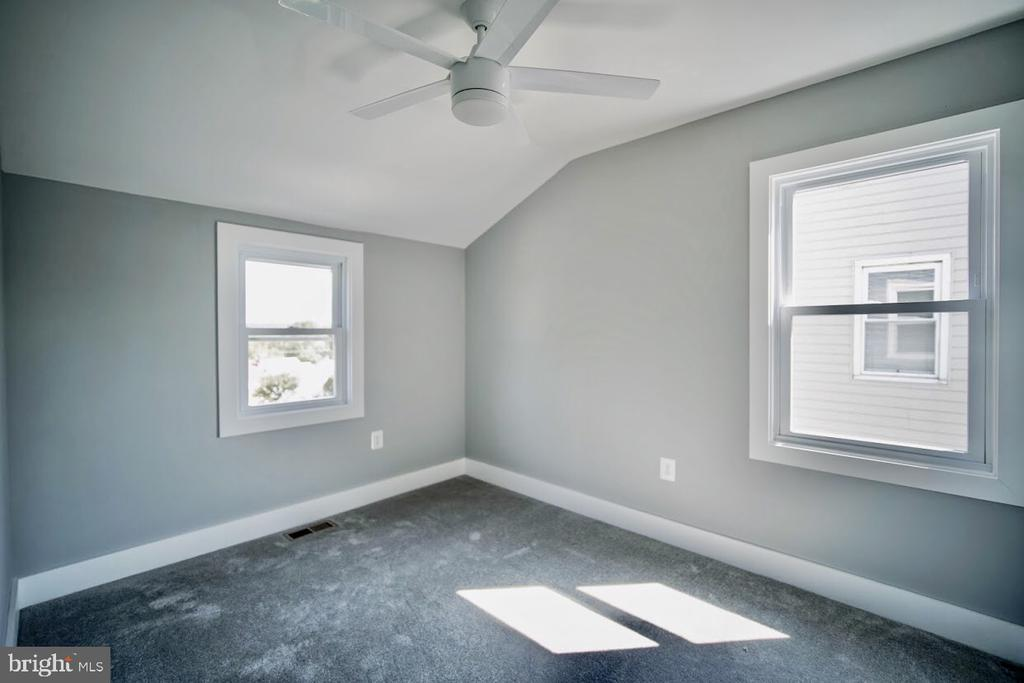 2nd Bedroom - 5106 JAY ST NE, WASHINGTON