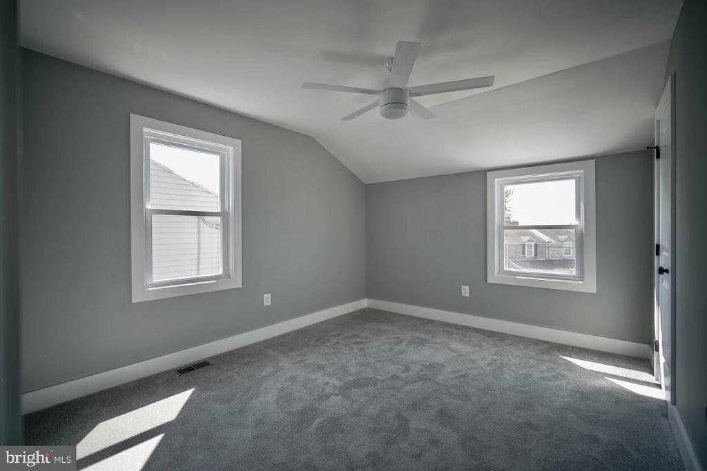 Master Bedroom - 5106 JAY ST NE, WASHINGTON