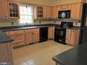 Vacant View of Kitchen - 8012 PEMBROKE CIR, SPOTSYLVANIA