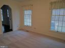 Vacant View of Living Room - 8012 PEMBROKE CIR, SPOTSYLVANIA