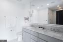 Beautiful large full bath - 715 K ST NE #2, WASHINGTON