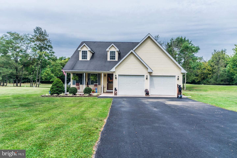 Single Family Homes 용 매매 에 Inwood, 웨스트버지니아 25428 미국