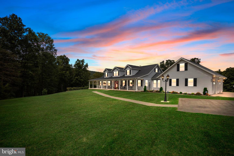 Single Family Homes 용 매매 에 Slanesville, 웨스트버지니아 25444 미국