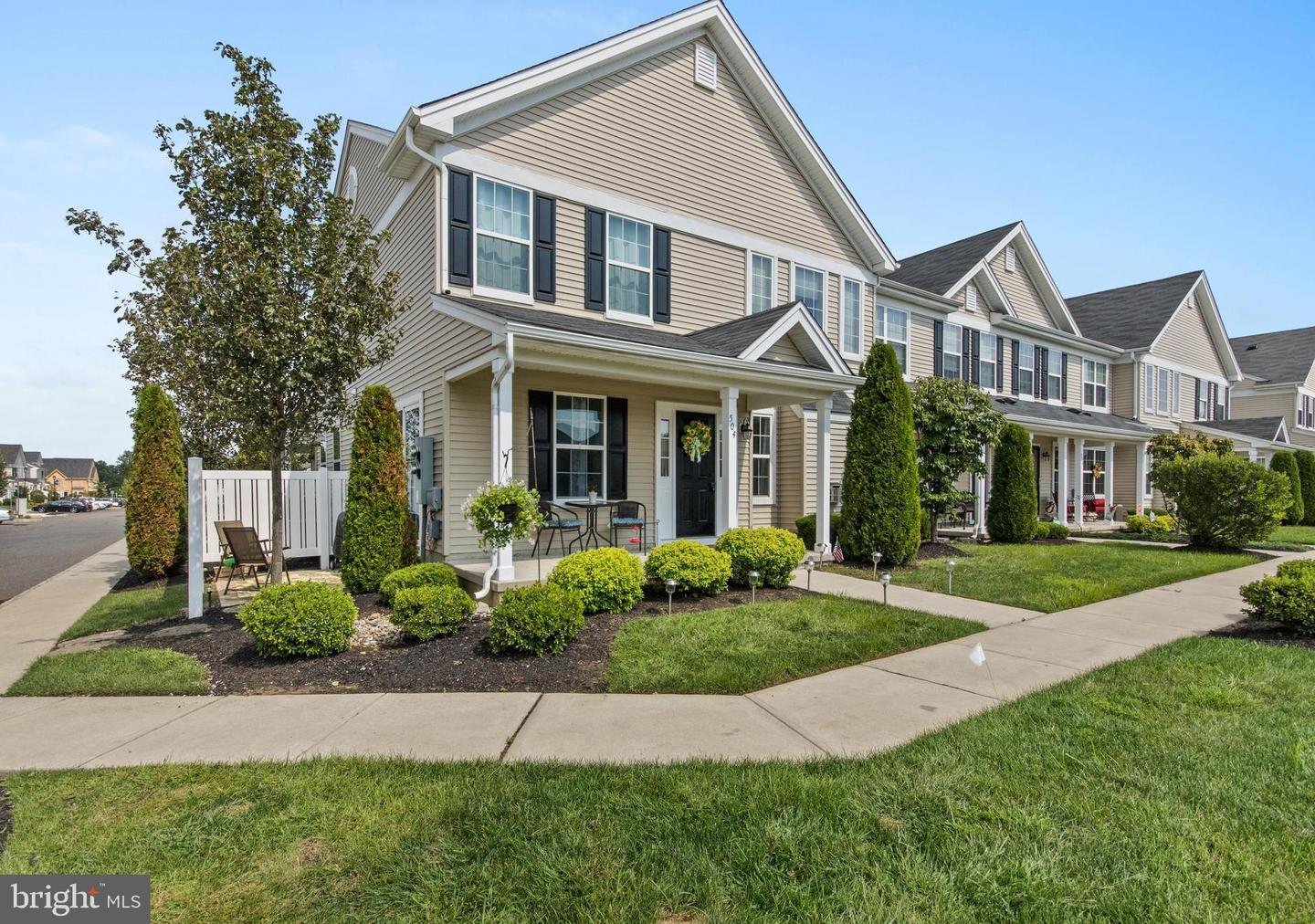 Photo of home for sale at 504 Lexington Mews, Woolwich Twp NJ