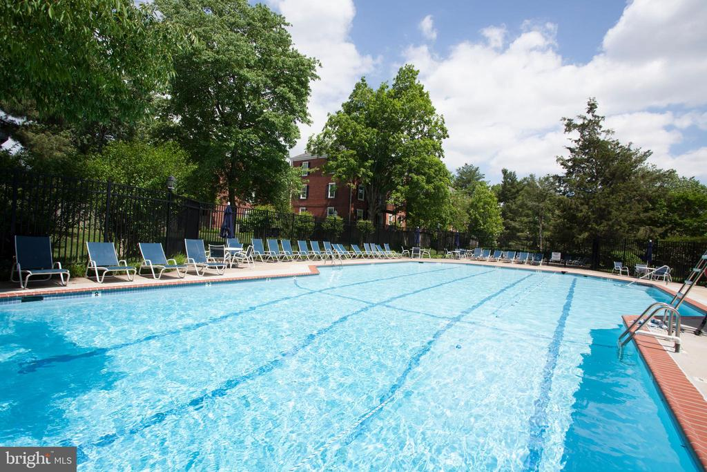 1 of 6 pools - 2848 S ABINGDON ST, ARLINGTON