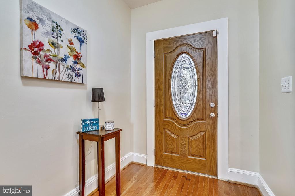 Front Entrance - 1718 M ST NE, WASHINGTON