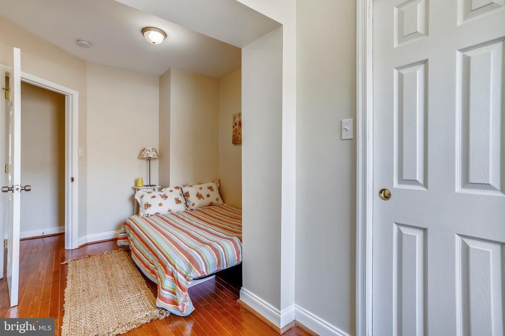 2nd Upper Level Bedroom - 1718 M ST NE, WASHINGTON
