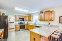 Kitchen w/ Breakfast Bar - 9806 RAMSAY DR, FREDERICKSBURG