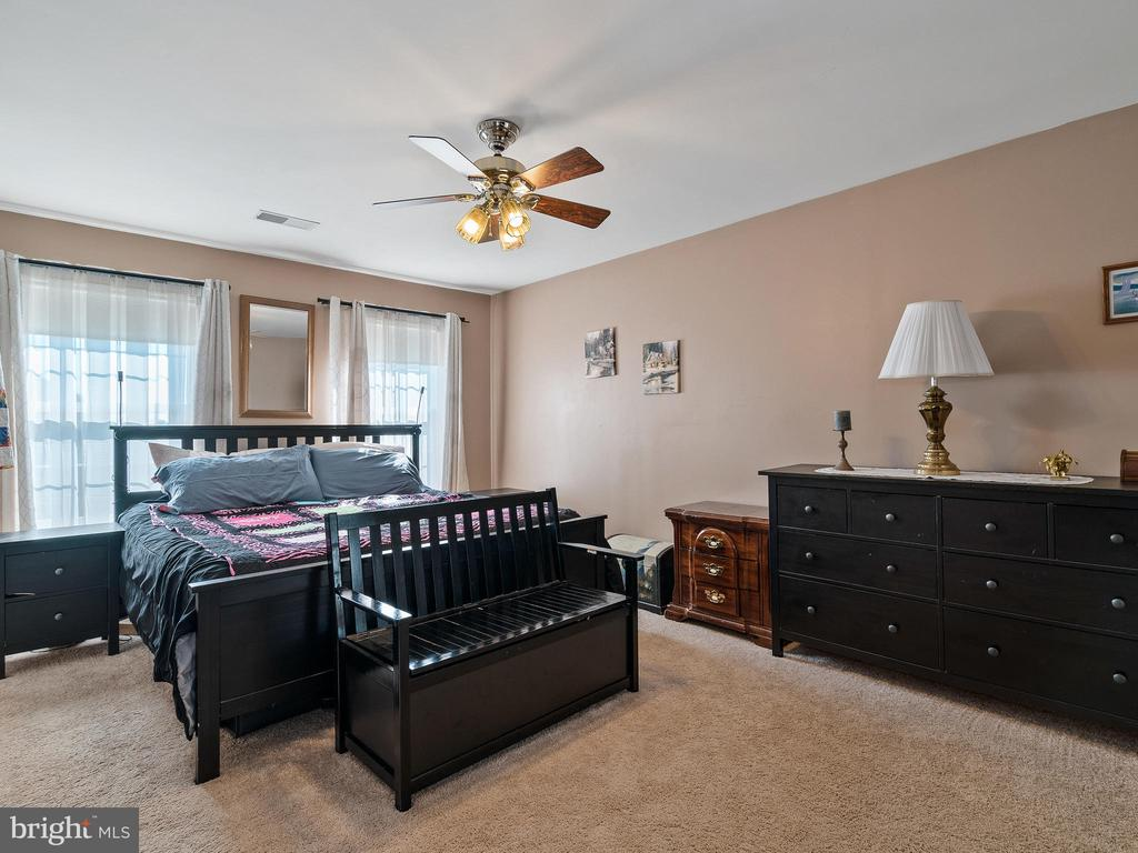 Master Bedroom - 94 CHADWICK DR, STAFFORD
