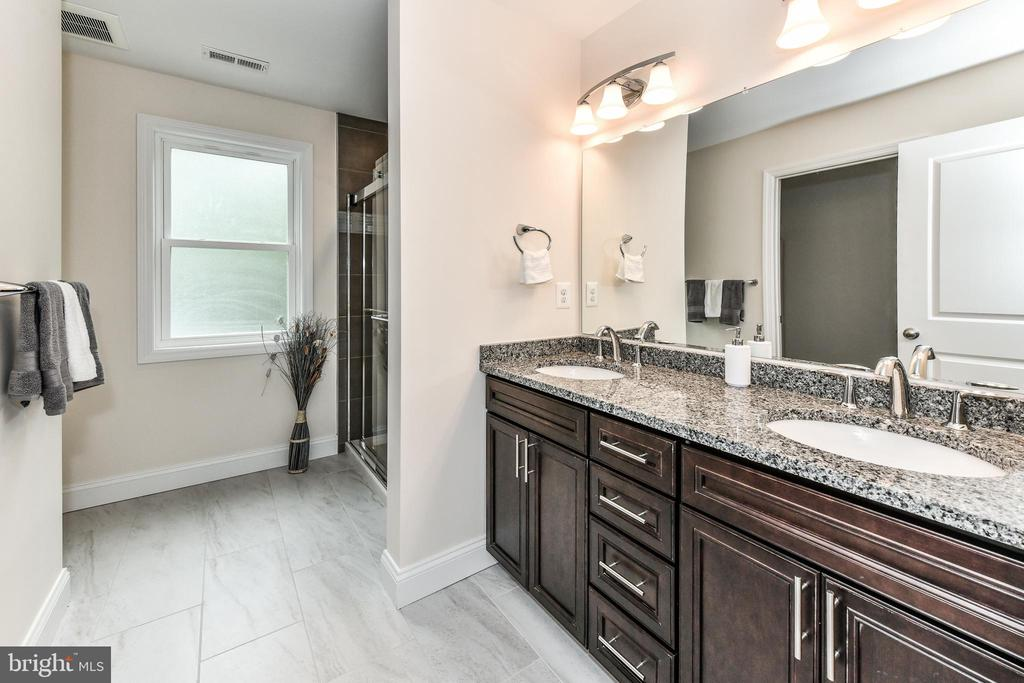 Stunning master bathroom with custom finishes! - 5201 MOUNT VERNON MEMORIAL HWY, ALEXANDRIA