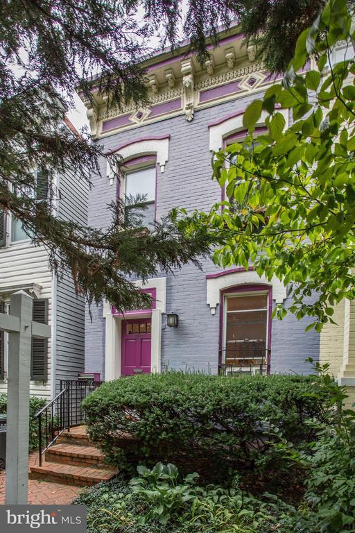 Front of House - 1011 I ST SE, WASHINGTON