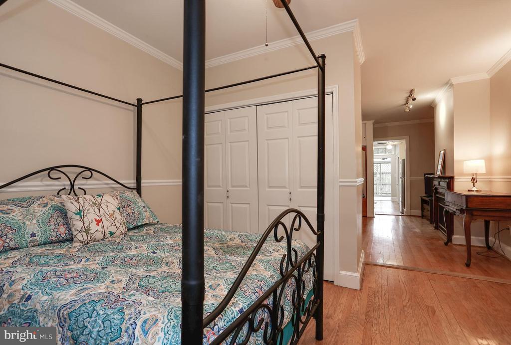 Bedroom Unit 1 - 1011 I ST SE, WASHINGTON