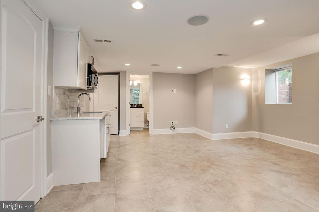 Lower Level Bedroom/Family Room - 1235 S ST NW #1, WASHINGTON
