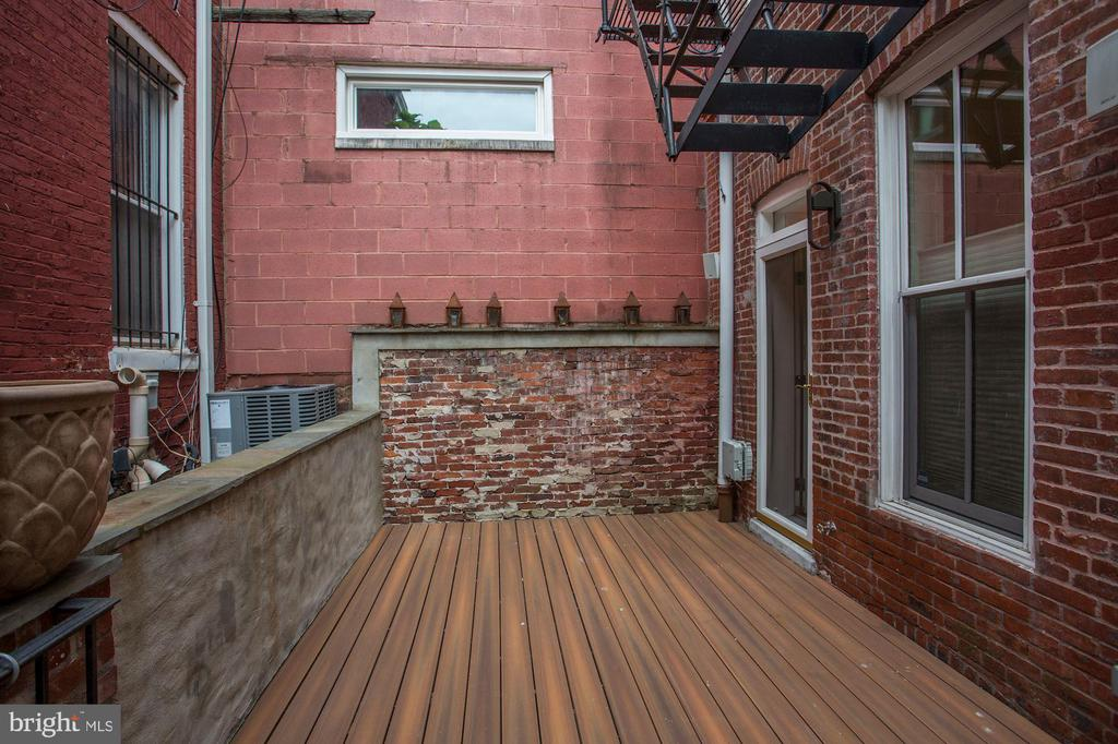 Private Deck - 1235 S ST NW #1, WASHINGTON