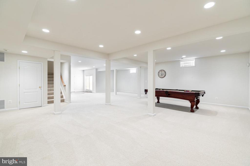 Customize this space and make it your own - 25327 JUSTICE DR, CHANTILLY