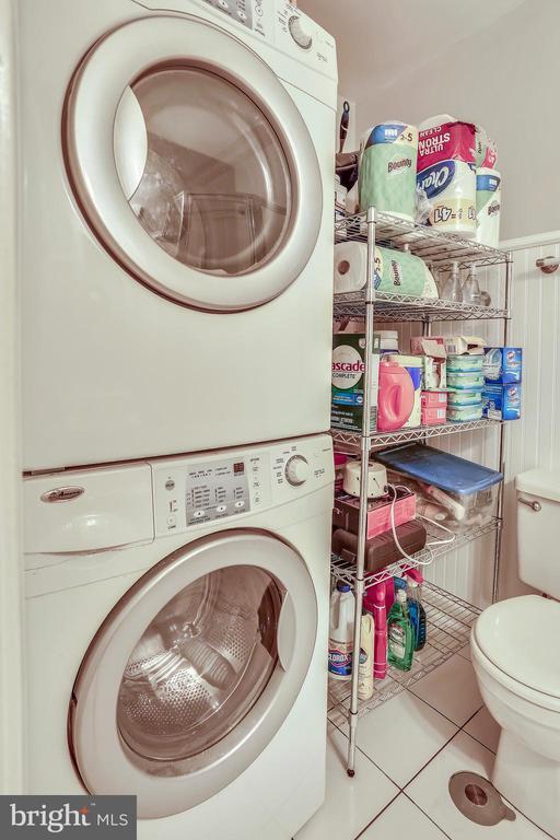 Laundry nook - 2848 S ABINGDON ST, ARLINGTON