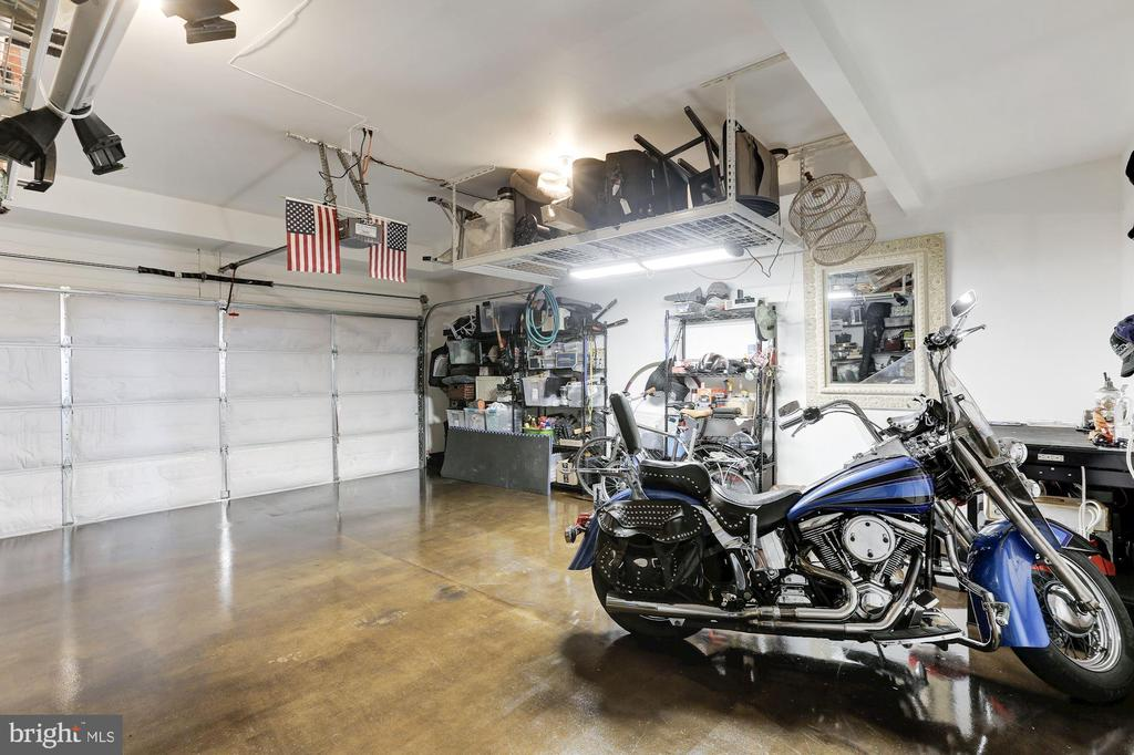 Garage: Finished floor/Ceiling storage racks - 23403 CARTERS MEADOW TERRACE #23403, ASHBURN