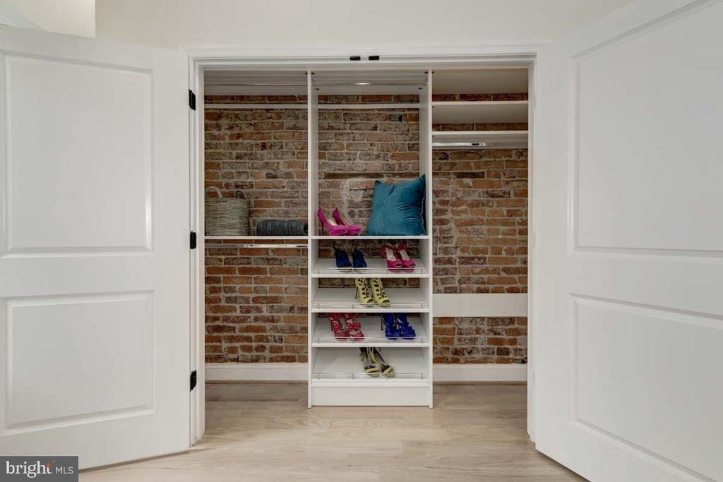 Master Closet - 427 5TH ST SE, WASHINGTON