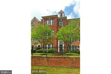 Photo of 12234 WATER ELM LN, FAIRFAX, VA 22030