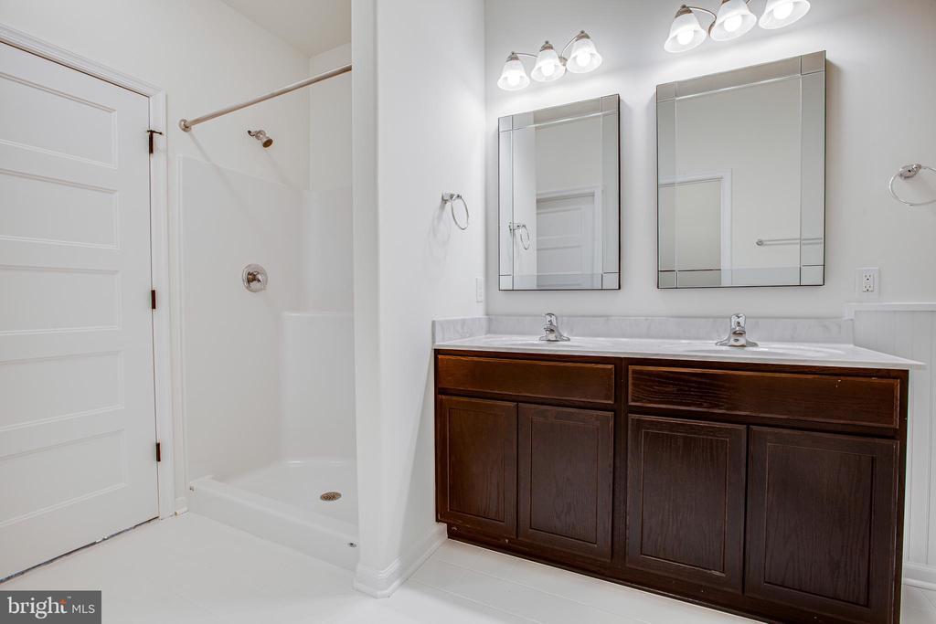 Luxury master bath! - 170 LITTLE WHIM, FREDERICKSBURG