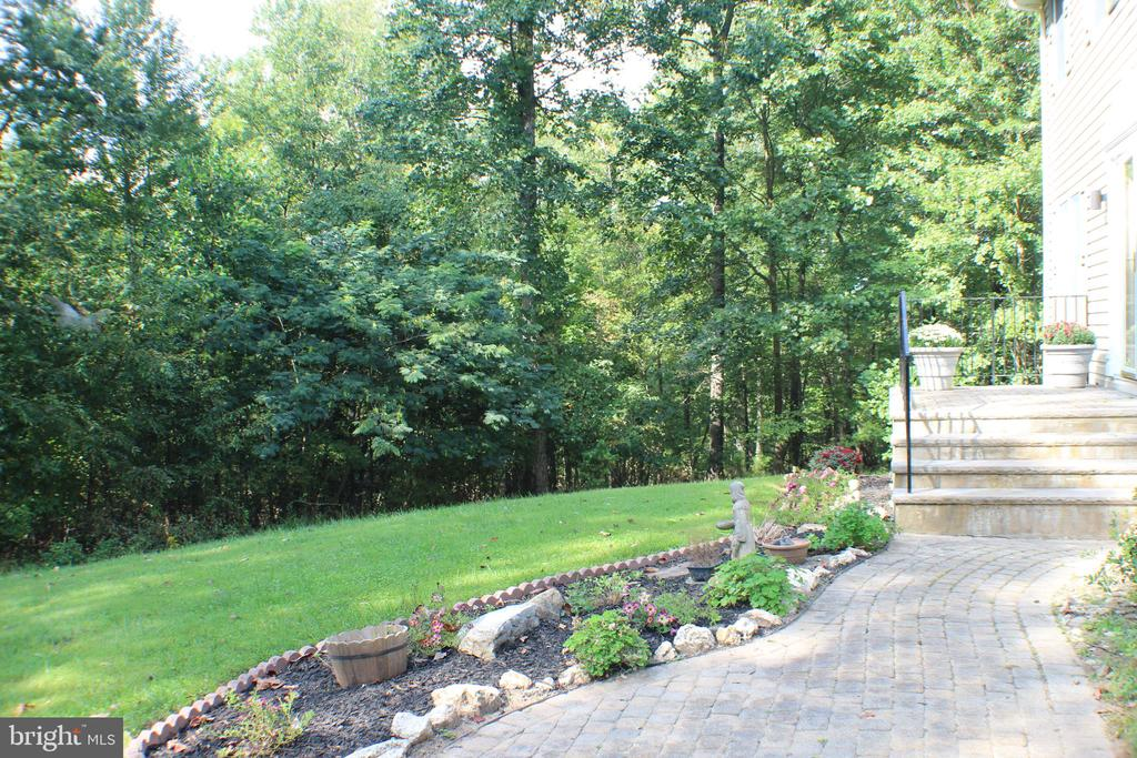Front walk with lots of perennials - 7738 TALBOT RUN RD, MOUNT AIRY