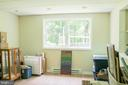 Basement Bedroom with new laminate floors - 7738 TALBOT RUN RD, MOUNT AIRY