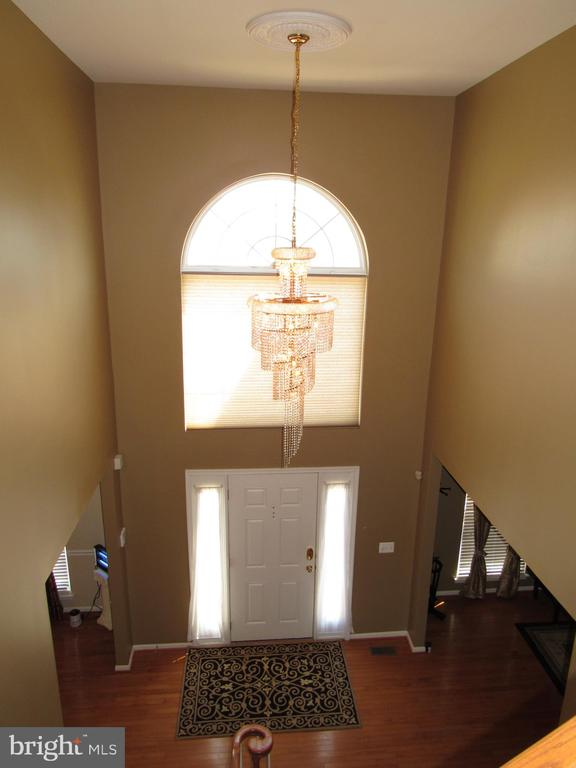 Two-Story Foyer - 2763 MYRTLEWOOD DR, DUMFRIES