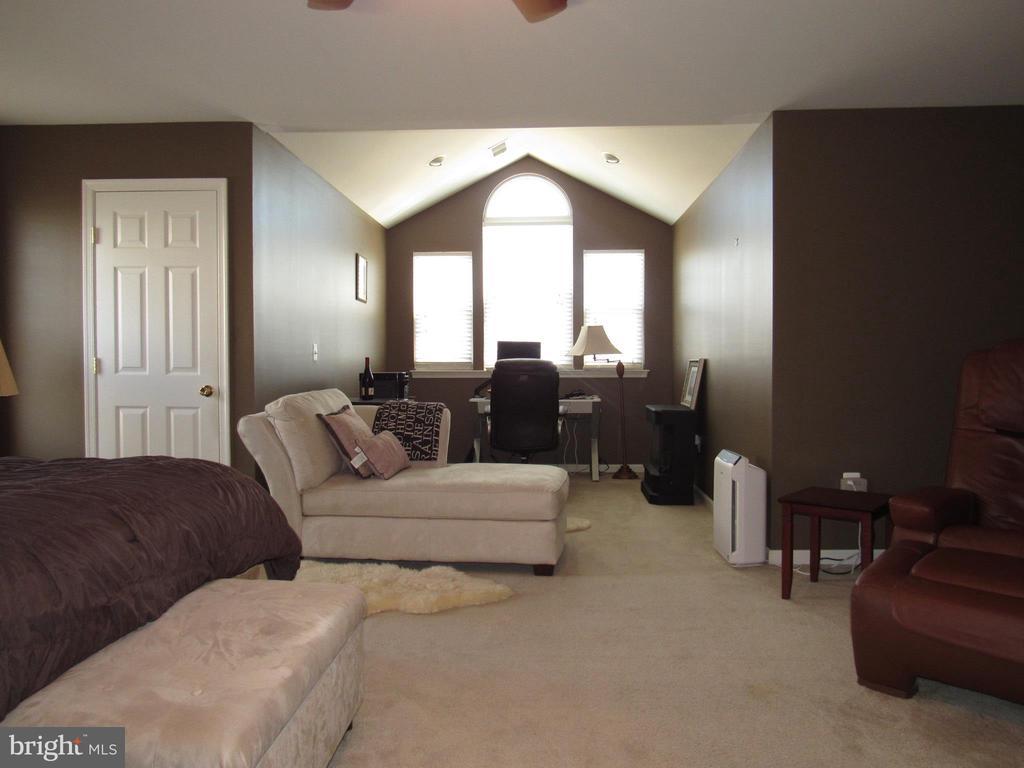 Master Bedroom Sitting Room - 2763 MYRTLEWOOD DR, DUMFRIES